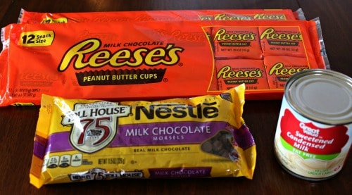 Add some interest to your fudge with this Reese's No Bake Fudge recipe.